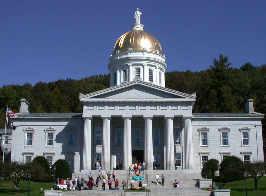 Vermont_State_House_front